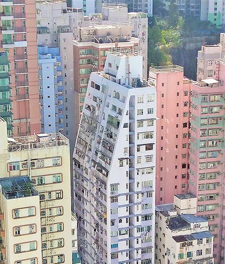街影法下,很多地區舊區樓宇,當建築物達致某一高度時高層單位便要縮減建築空間,出現梯級式的建築。(圖片來源:作者提供)