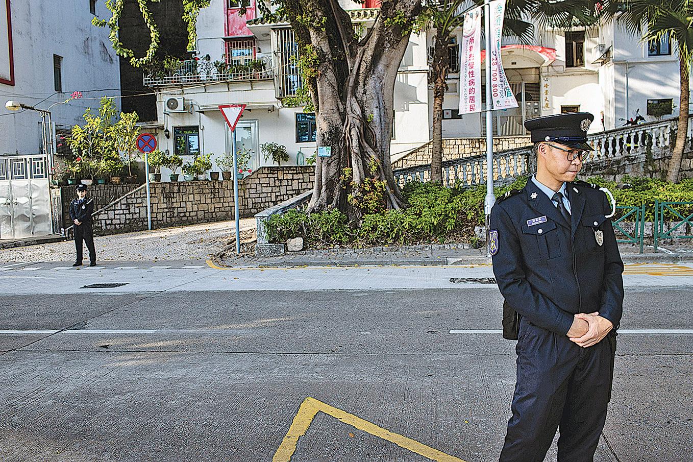 習近平12月18日抵達澳門,當地警方在周邊警戒。(Getty Images)