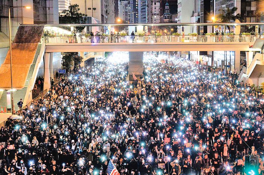 十大理由 中共為何受困於香港
