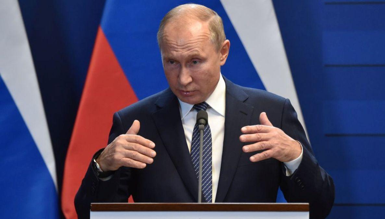 圖為俄羅斯總統弗拉基米爾‧普京2019年10月30日在一次新聞發佈會上講話。(ATTILA KISBENEDEK/AFP via Getty Images)