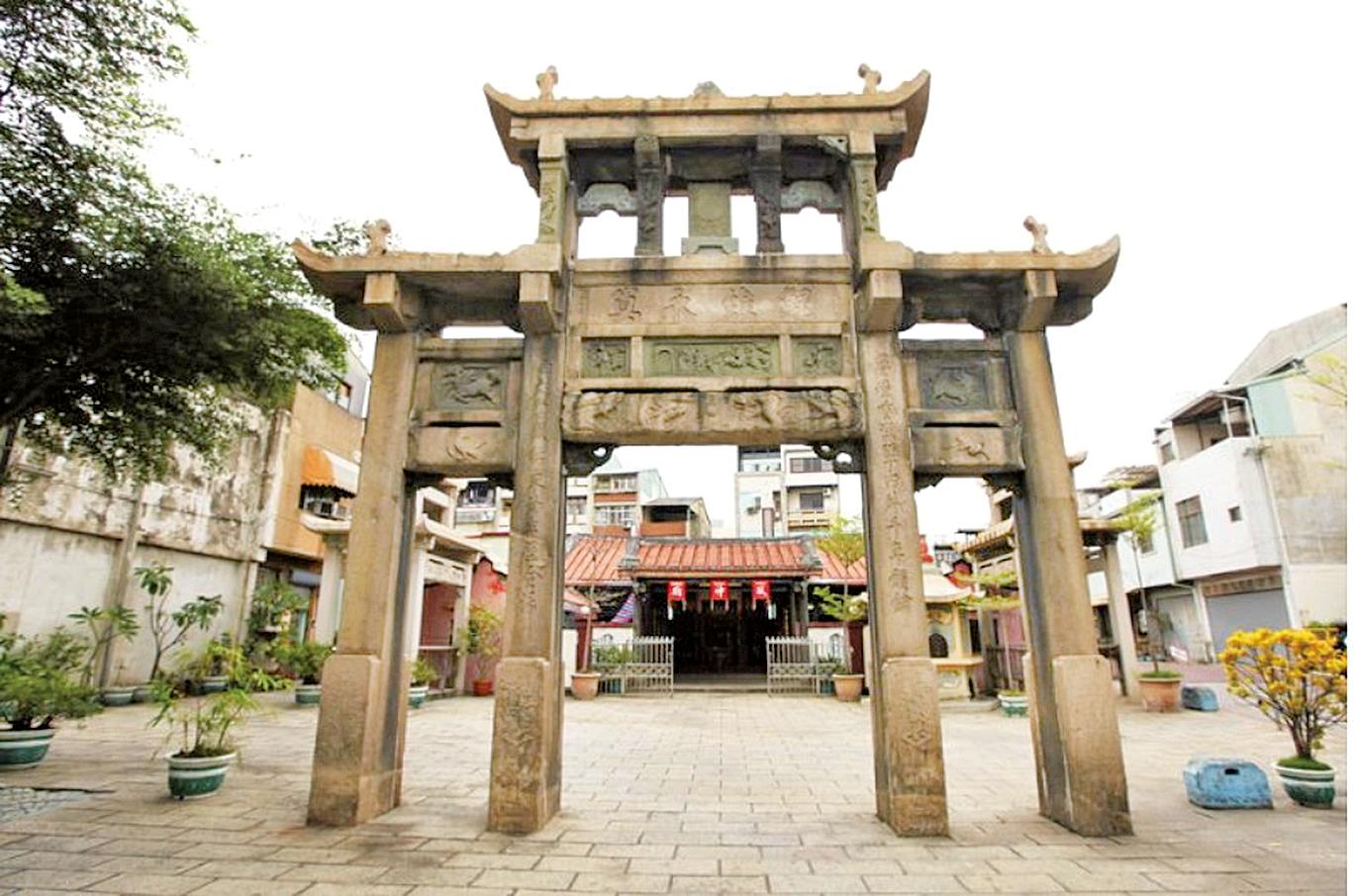 接官亭古蹟,位於台灣台南(公有領域)