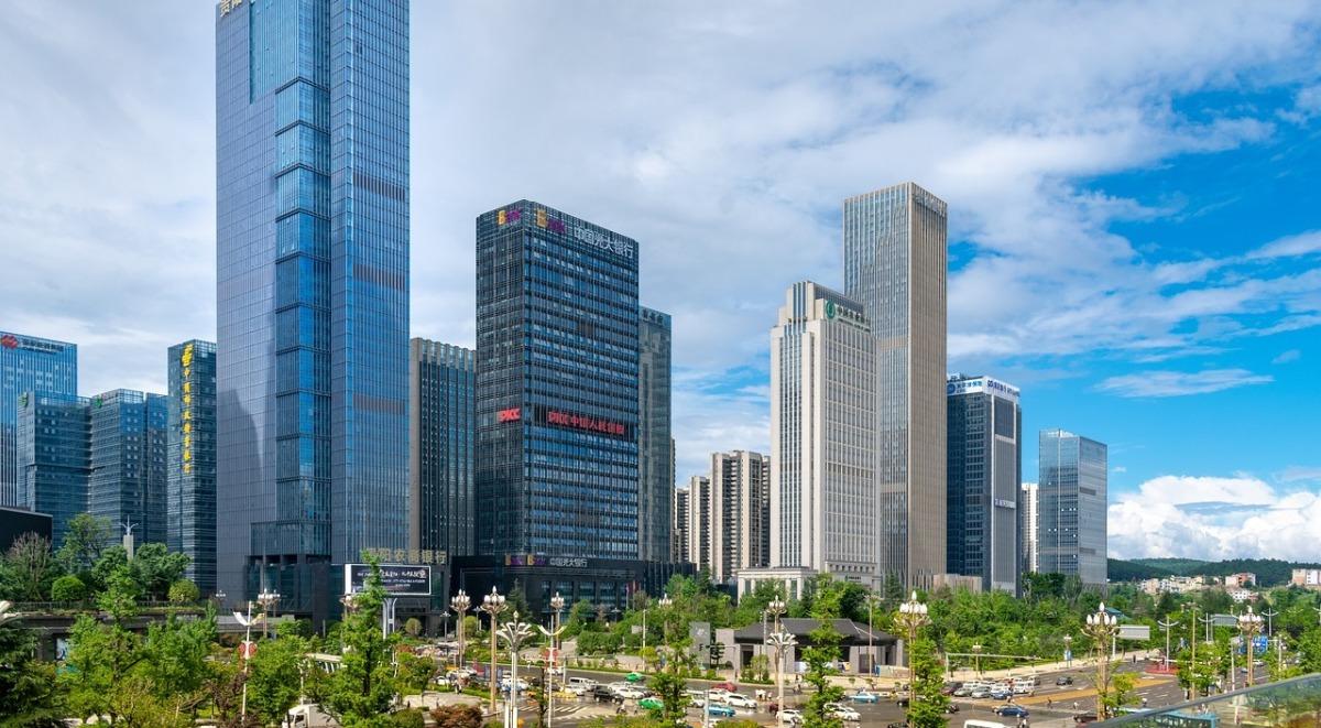 中國銀行集中的建築群示意圖。(Image by lin2015 from Pixabay)