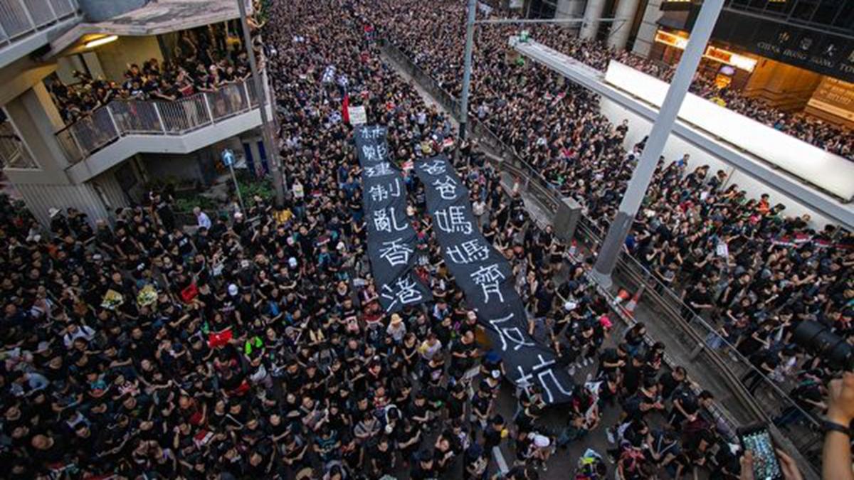 美媒指出,香港反「送中」大遊行讓人關注到中共政治體制的脆弱。(蔡雯文/大紀元)