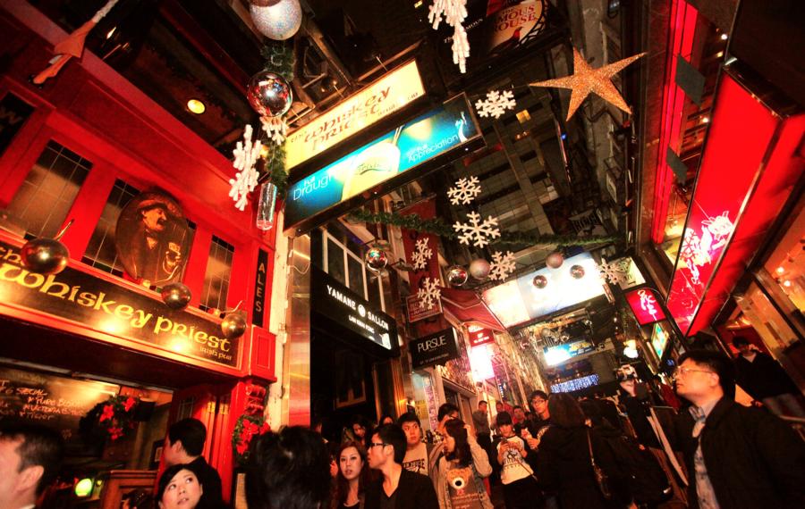 平安夜蘭桂坊餐廳晚市訂位僅約5成