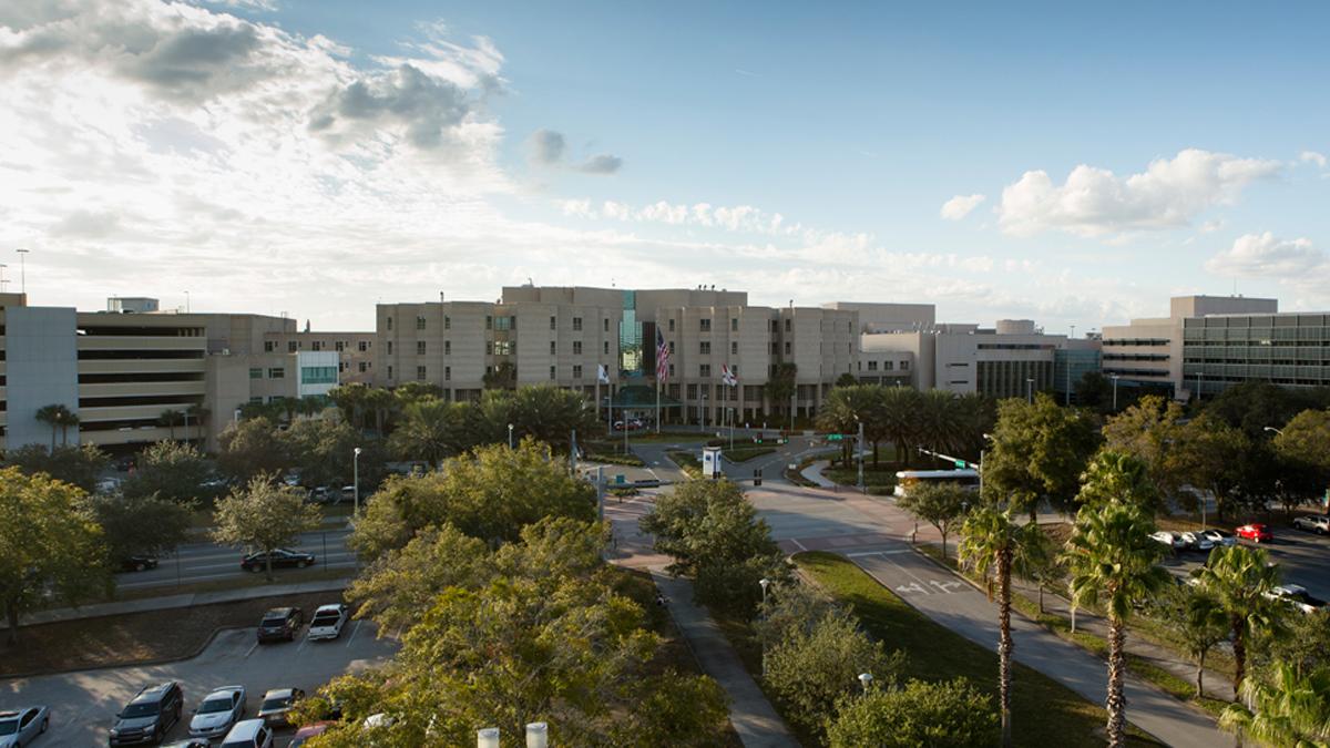 圖為H. Lee莫菲特癌症中心和研究所(H. Lee Moffitt Cancer Center & Research Institute)。(維基百科)
