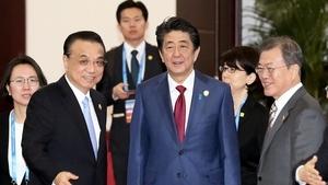 中日韓領導人車隊成都遇險一幕