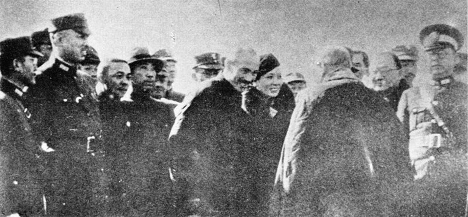 西安事變後,蔣介石夫婦重返南京。(新紀元資料室)