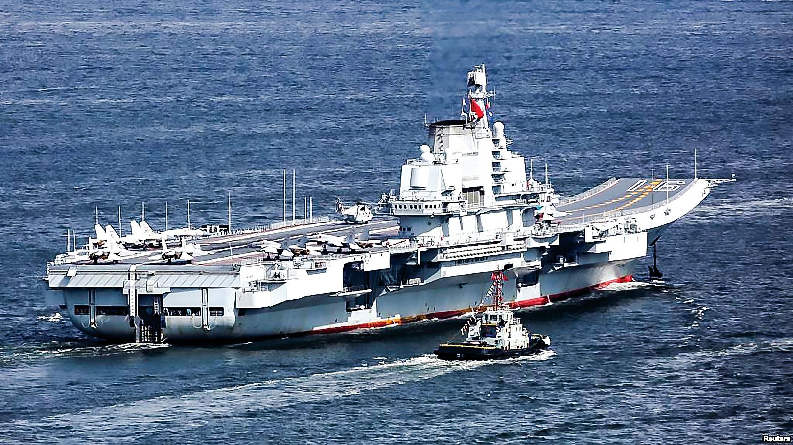 早在2018年初,中華民國國防部曾表示,中共遼寧號航母編隊進入了台灣防空識別區。(美國之音)