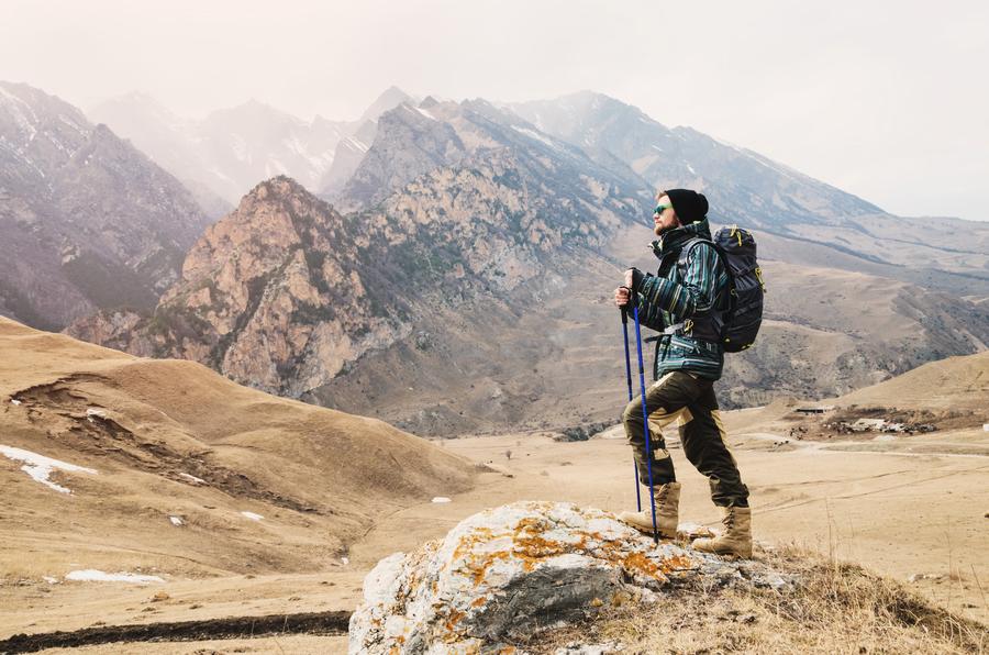 登高山出現頭暈、缺氧與貧血有關嗎?
