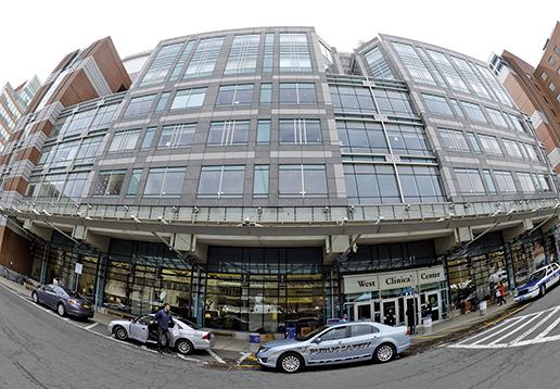 位於波士頓的貝斯以色列醫學中心。 (AFP)