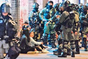 香港「黑警」都是甚麼人?前警員露臉曝光內幕