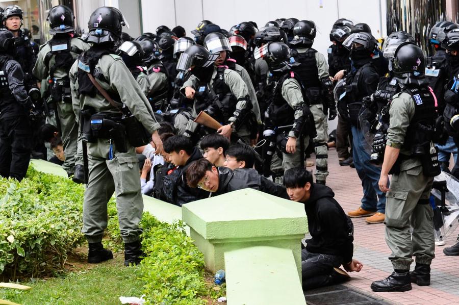 上水「和你行」警拘捕42人 林卓廷斥濫捕
