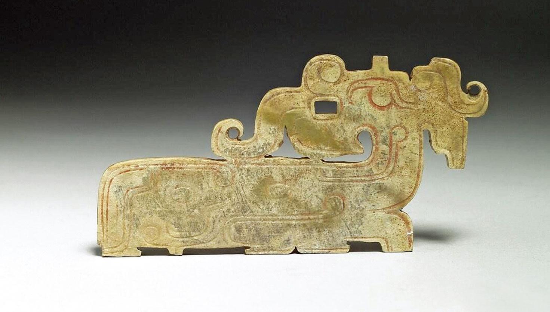 君子佩玉是為了時時提醒自己的品行要像玉一樣。圖為西周時期之龍紋玉珮。(台北故宮博物院藏)