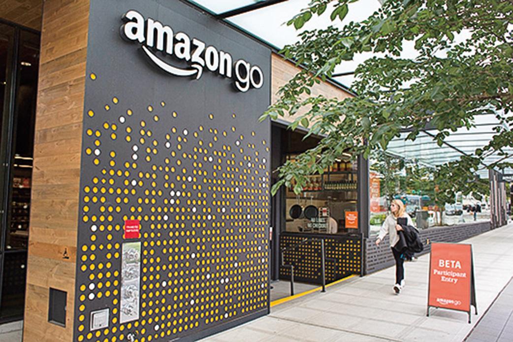 2017年6月,亞馬遜公司總部開設了首家無人商店「Amazon Go」。(David Ryder/Getty Images)