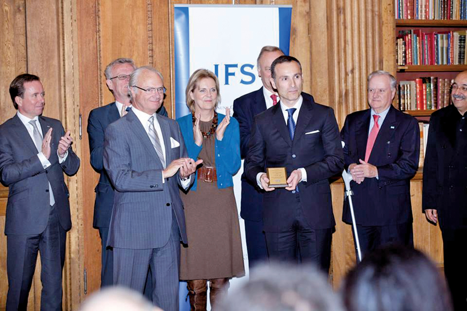 2011年10月17日,瓦西柳斯•祖朴尼第斯獲得「國王卡爾十六世古斯塔夫獎」。(Vasilios Zoupounidis/Facebook)