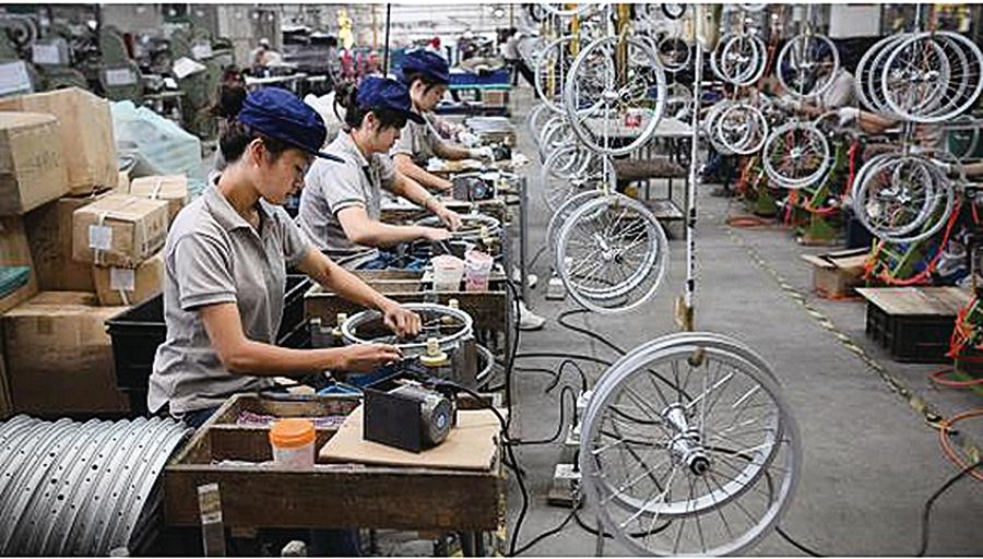 中國製造業和民間投資下滑