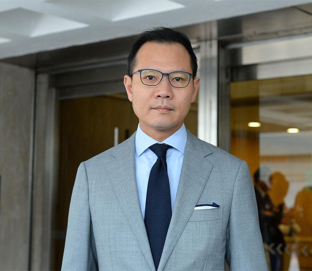 郭榮鏗強調,《禁蒙面法》對解決香港現在的爭議完全沒作用,呼籲政府不要一錯再錯,撤回上訴。(宋碧龍/大紀元)