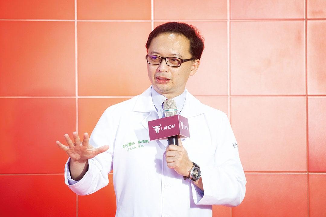 聯新運動醫學中心主任林頌凱指出,足部健康影響全身新陳代謝。(大紀元)