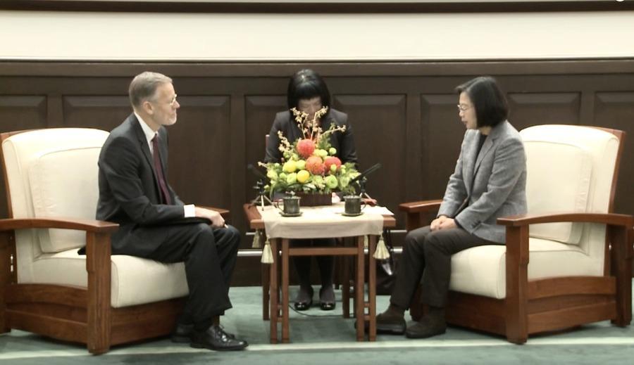 蔡英文指台美成全球合作夥伴 韓國瑜或成首位被罷免的市長