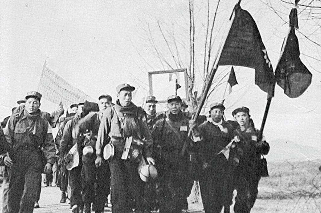 韓戰結束後,志願軍戰俘中,2/3共計14,235人拒絕返回大陸,選擇去台灣。(公有領域)