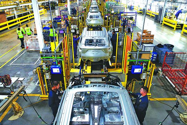 2019 年6 月24 日,福特汽車公司在芝加哥的一個裝配廠。(AFP)