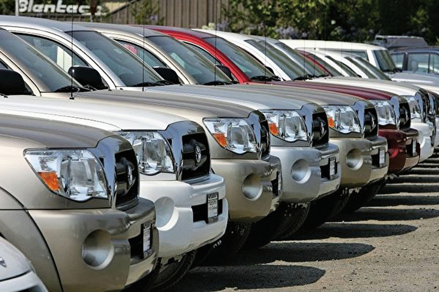 經濟放緩 中國去年汽車銷量再度縮水