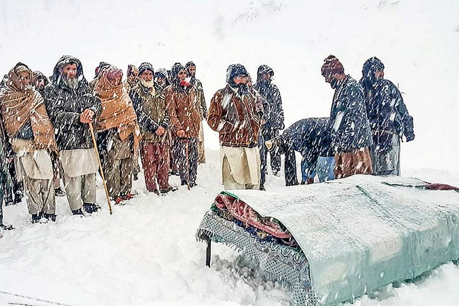 巴國雪災釀上百死 更惡劣天氣尚未到