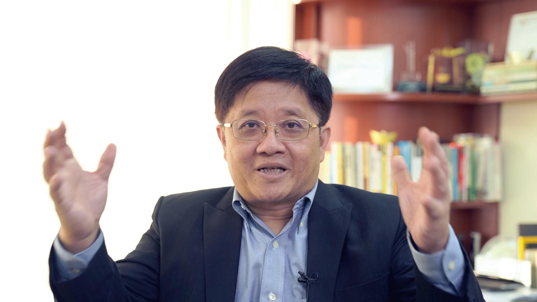 經濟學者、冠域商業及經濟研究中心主任關焯照。(梁珍/大紀元)