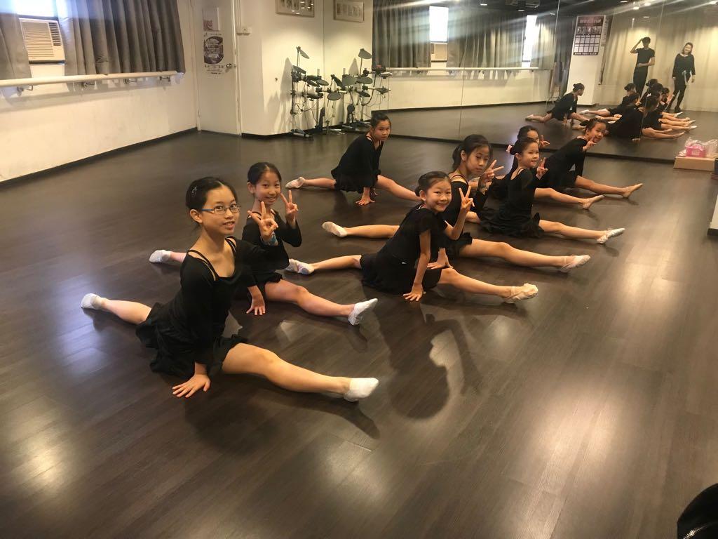學生們練舞的過程也是培養他們堅持品德的過程。(受訪者提供)