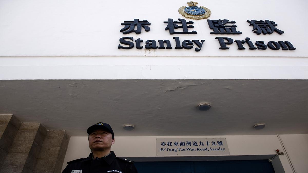 香港一代「賊王」季炳雄,在赤柱監獄服刑17年後,於2020年1月18日早上刑滿出獄。(ANTHONY WALLACE/AFP via Getty Images)