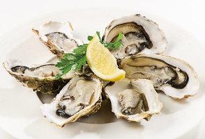 牡蠣富含鋅讓頭髮烏黑 注意不宜生食