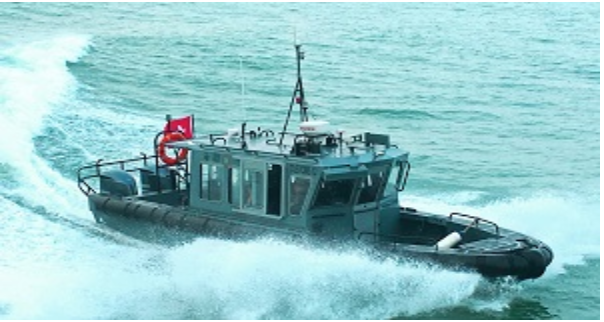 海關巡邏艇翻船