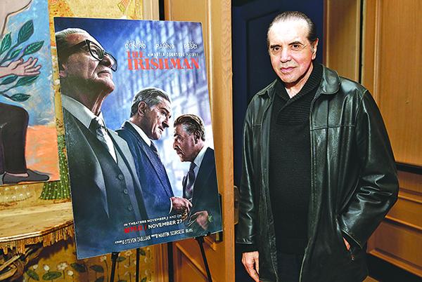 《愛爾蘭人》主演之一查茲 帕爾明特瑞(Chazz Palminteri)11月19日出席該片公映儀式。(Getty Images)