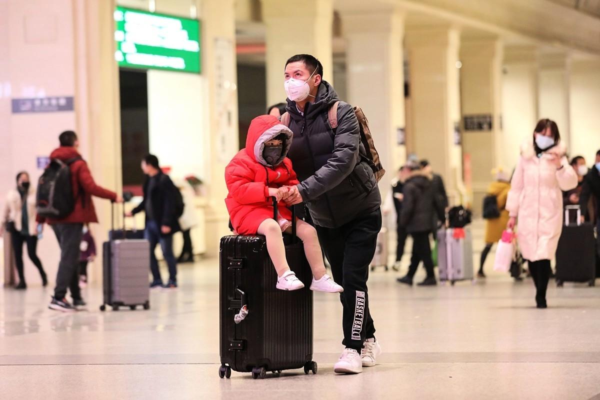 武漢官方通報稱,自2020年1月23日10時起,武漢停運一切交通工具。圖為2020年1月21日的武漢火車站。(AFP via Getty Images)