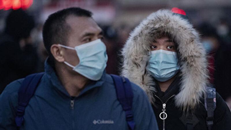 武漢人學香港 叫加油唱歌 提五大訴求