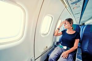 長時間坐著不動 小心引發經濟艙症候群