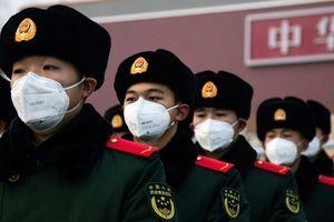 中共軍隊進駐武漢 防護物資奇缺難遏病毒傳播