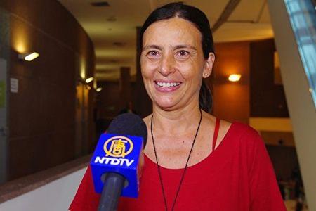 聖保羅市議員Soninha Francine女士觀賞了2020年1月30日晚神韻在Unimed Hall劇院的首場演出。(新唐人電視台)