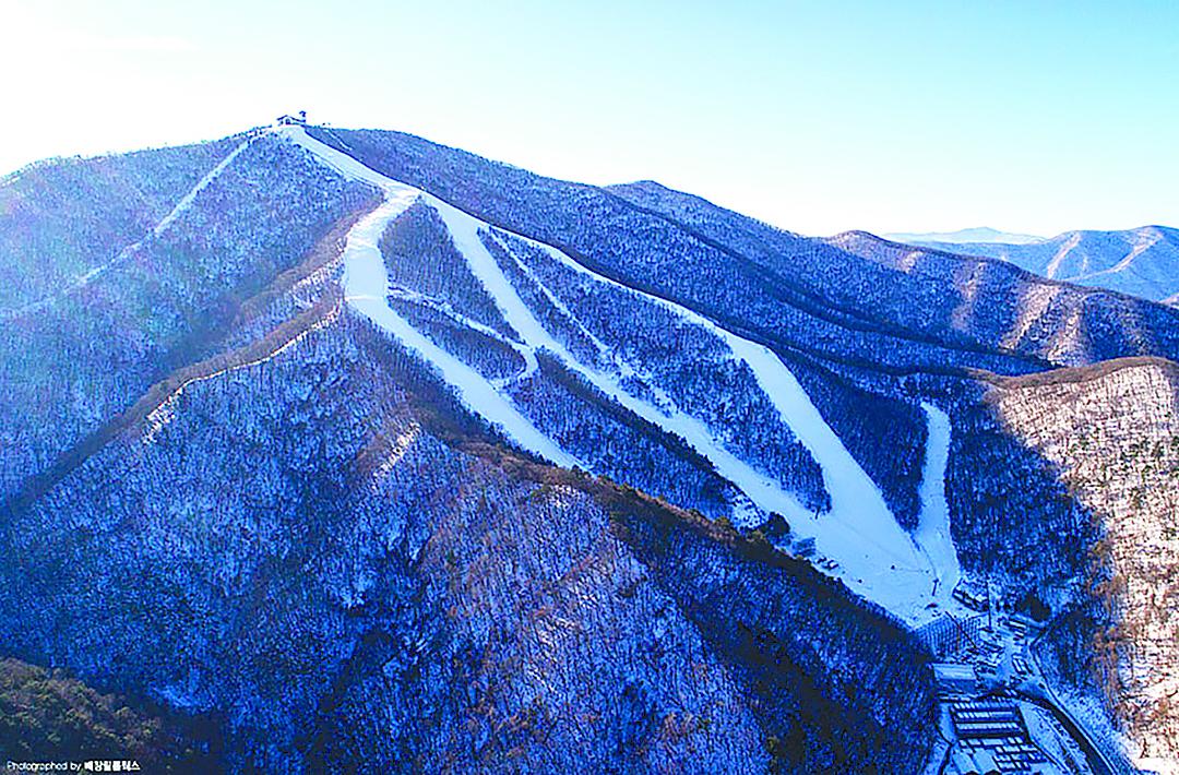 龍平渡假村滑雪場