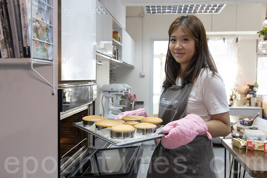 Yuki製作的蛋糕成品。(陳仲明/大紀元)