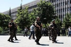 土耳其宣布全國進入緊急狀態三個月