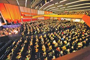 神韻荷蘭首都一票難求 觀眾感佩中華文化