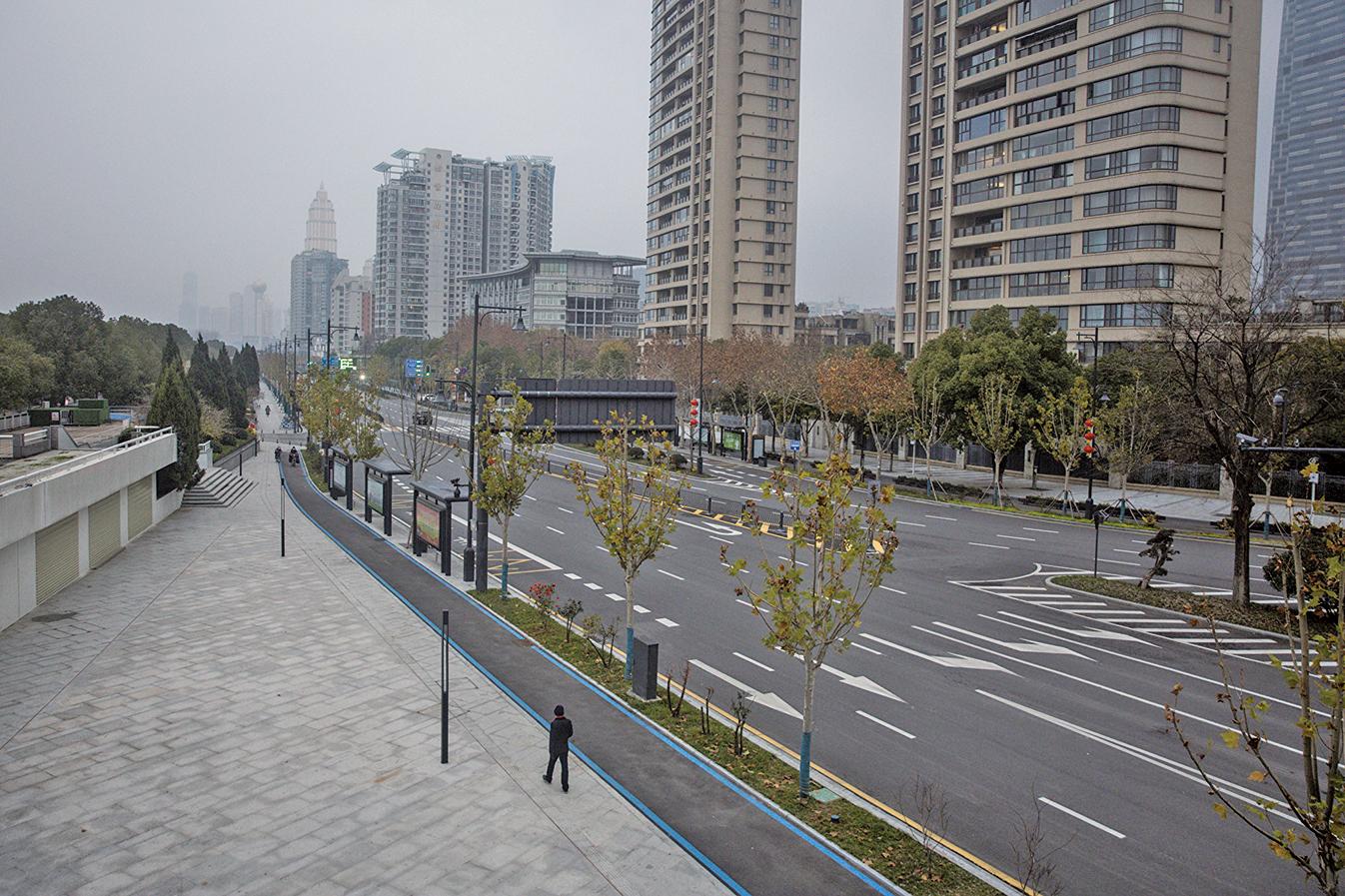 因肺炎疫情失控,武漢被封城,整座城市空蕩蕩的。(Getty Images)