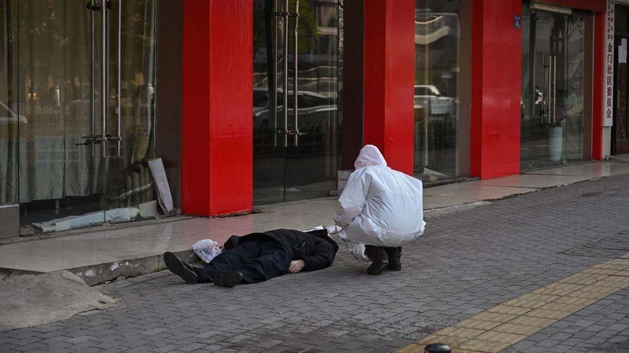 武漢某社區負責人驚爆:小區一天死六人