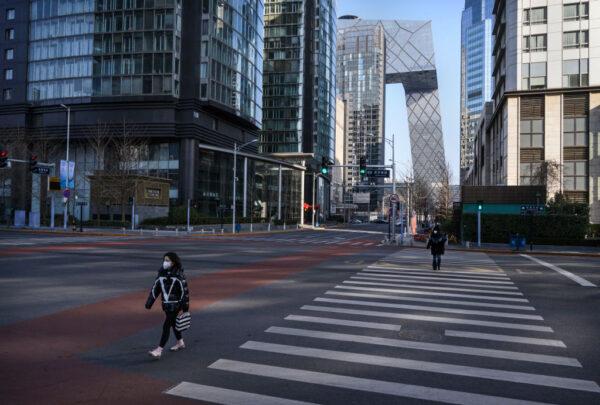 中國湖北省武漢市引發中共肺炎疫情後,2020年2月3日,北京的街道不再人聲鼎沸。(Kevin Frayer/Getty Images)