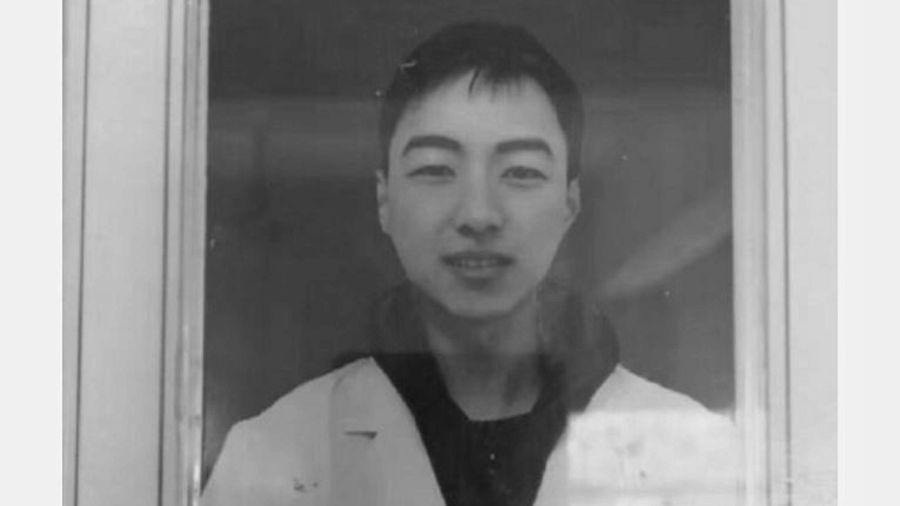 一名28歲醫師連上10天班,因過勞引發心源性猝死。(微博圖片)