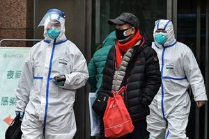 武漢病人在隔離點無人管等死 家屬向外求救