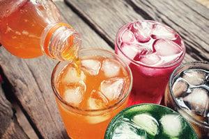 每天多喝100毫升含糖飲料 罹癌風險增18%