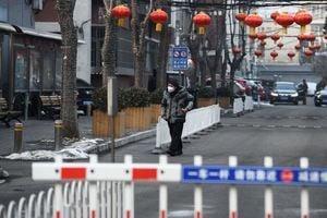 北京疫情失控 爆七十三起群聚感染 九成在家染疫