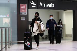 回國過年遭遇中共肺炎 華人親述65小時返澳經歷